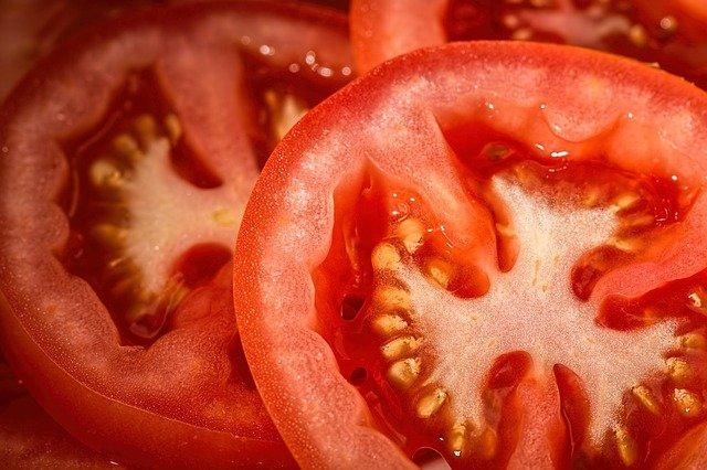 tomatoes 769999 640