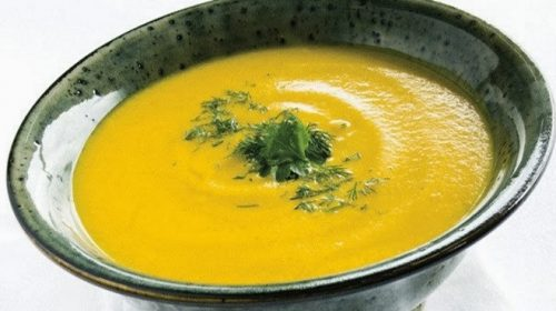 yellow beet soup with pineapple z