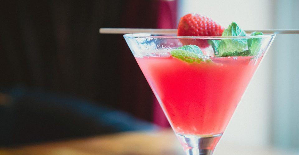 cocktail Caipiroska strawberry