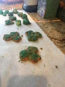 St Patricks Day Clover Pretzels 2